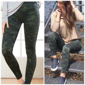 spanx • look at me now camo seamless leggings
